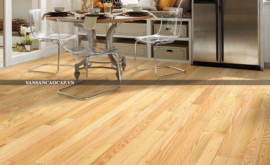 Sàn gỗ sồi sang trọng và giá rẻ